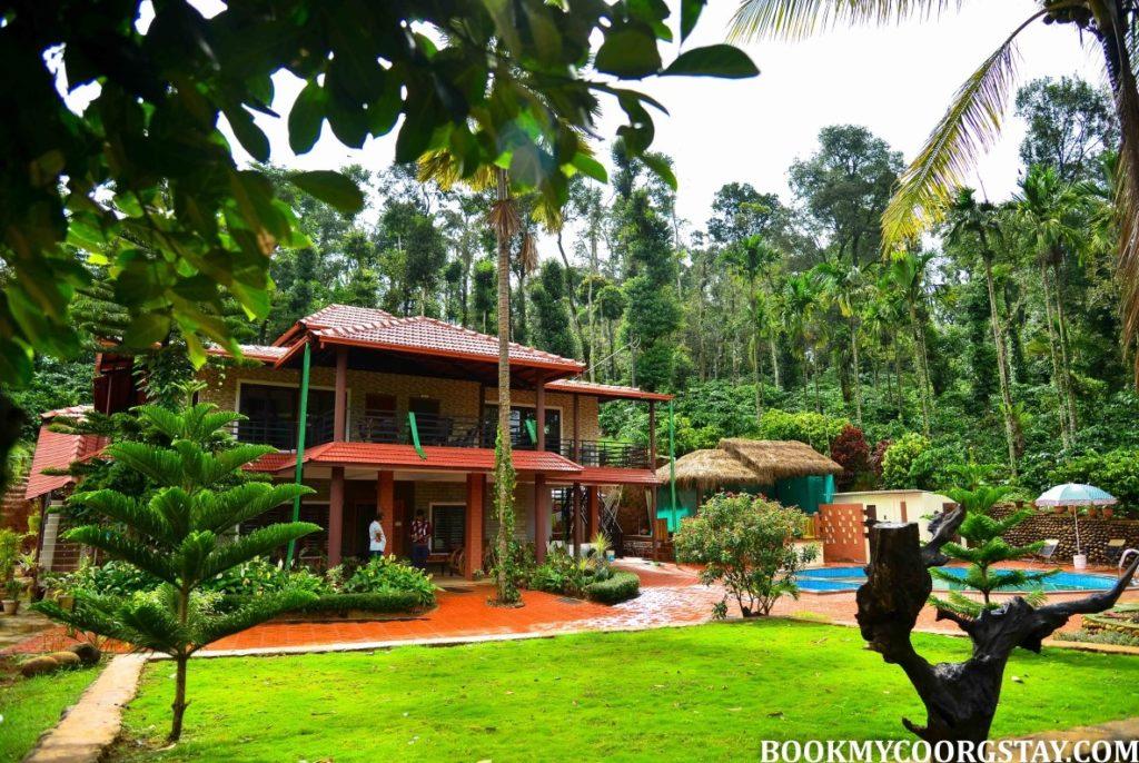 Estate stay in Balamavatti Village
