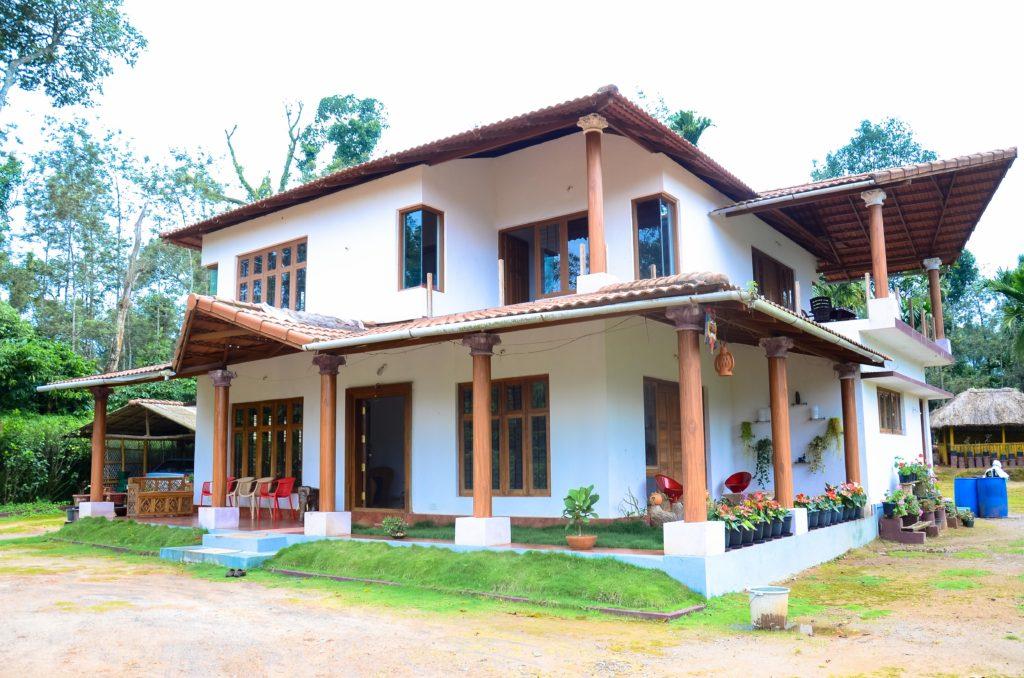 Estate stay in Kunjila
